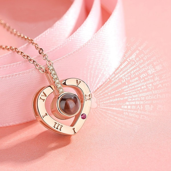 necklace with I love you in 100 languages